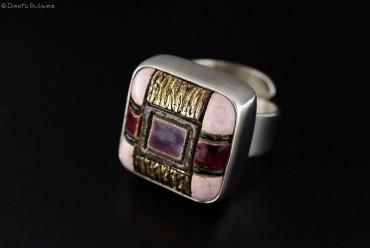Pralina srebrny pierścionek z ceramiką