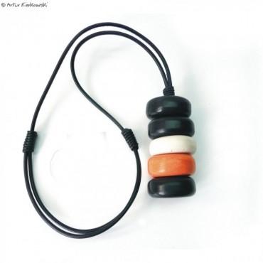 Naszyjnik minimal krążki czarno-biało-pomarańczowe