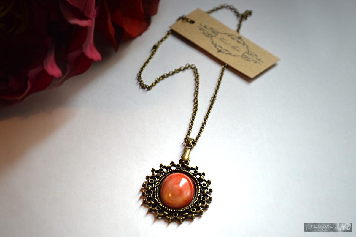 Koral czerwony z Algierii  Medalion vintage