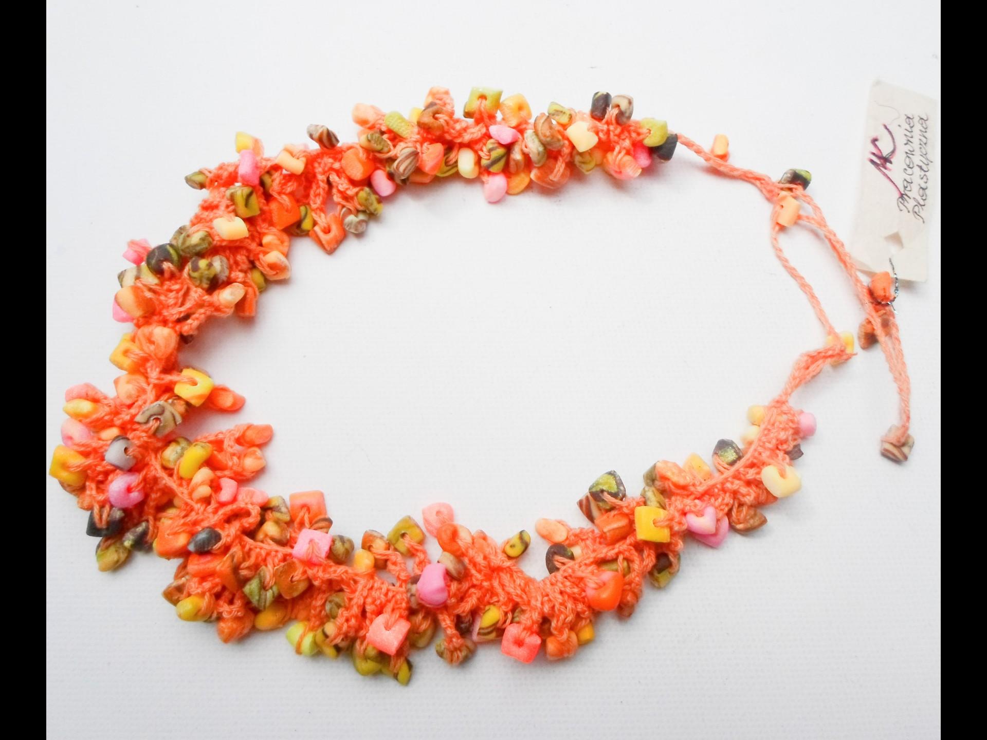 Naszyjnik z ręcznie robionych koralików