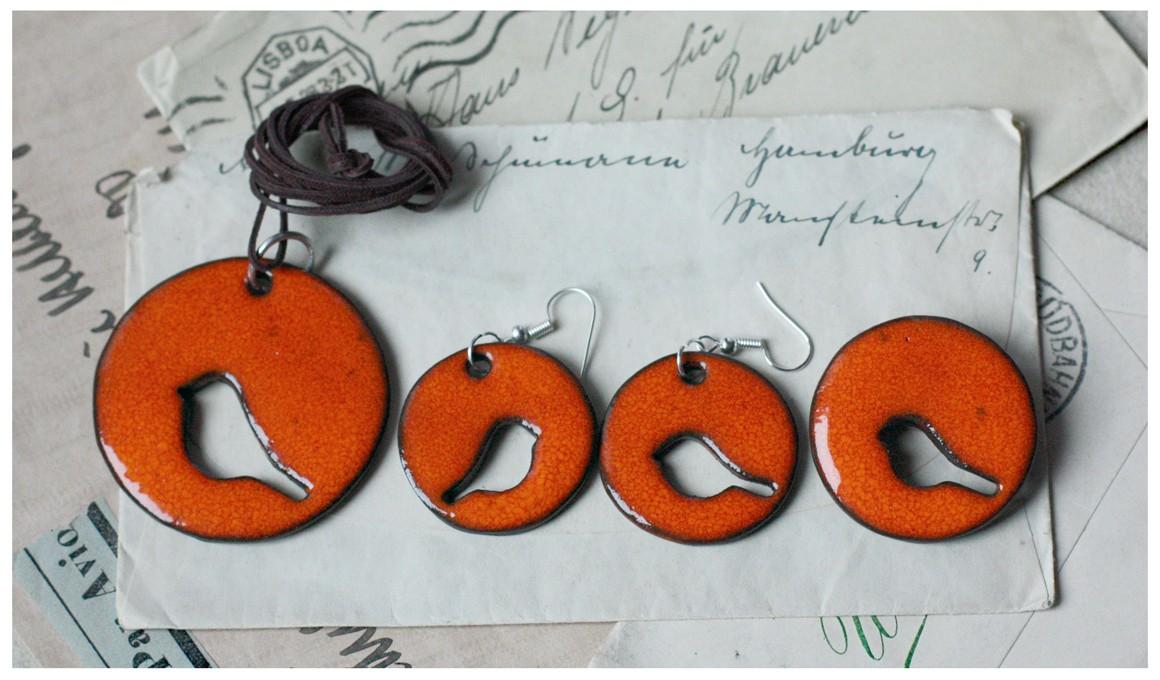 Oranżowy komplet biżuterii z ażurowym ptakiem