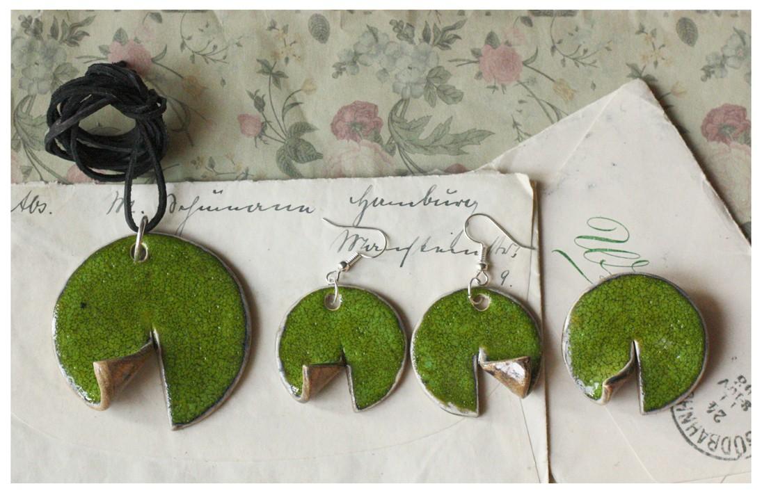 Zesyaw biżuterii zielone zawijaski