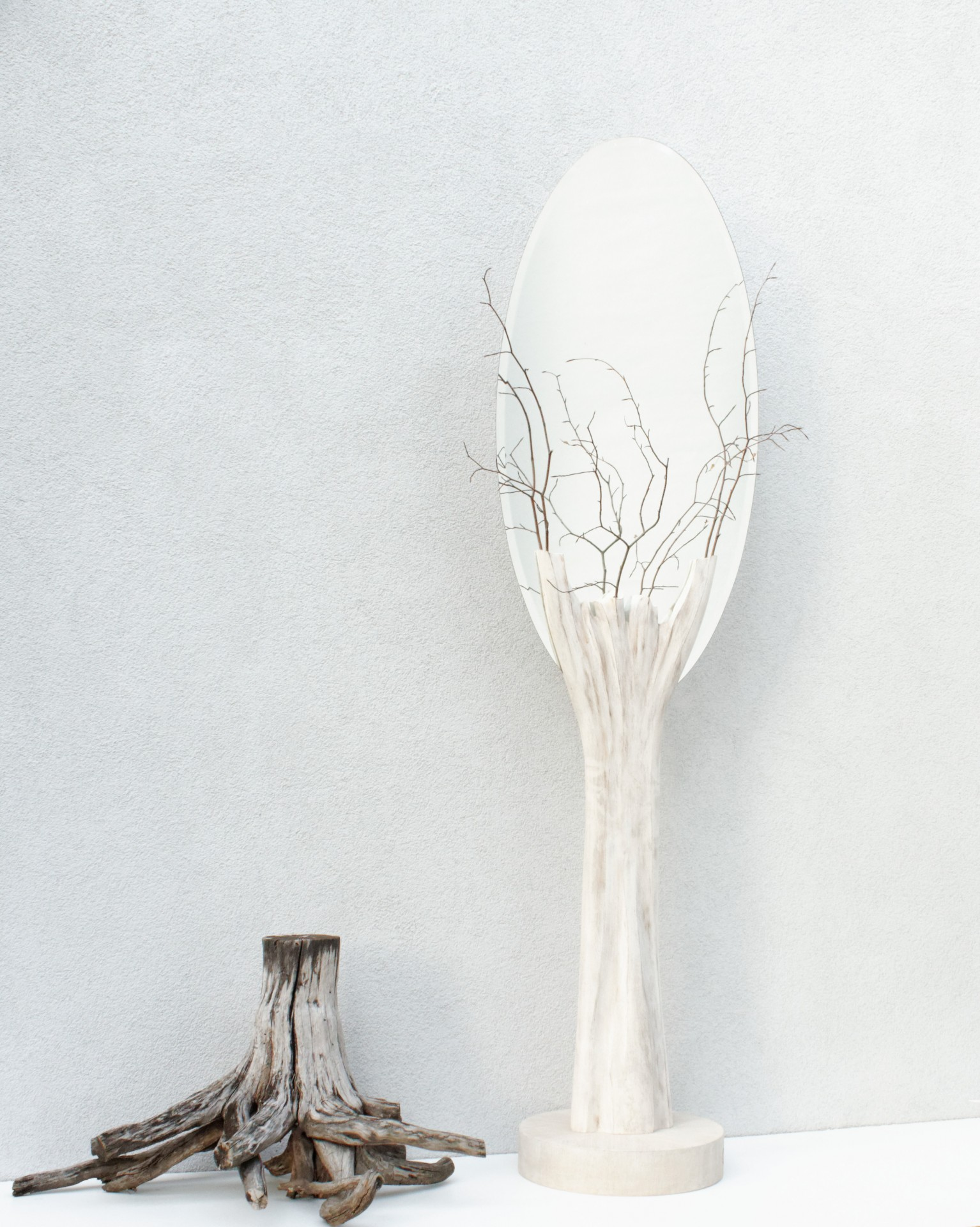 Unikatowe lustro stojące, lustro elipsa, rzeżba