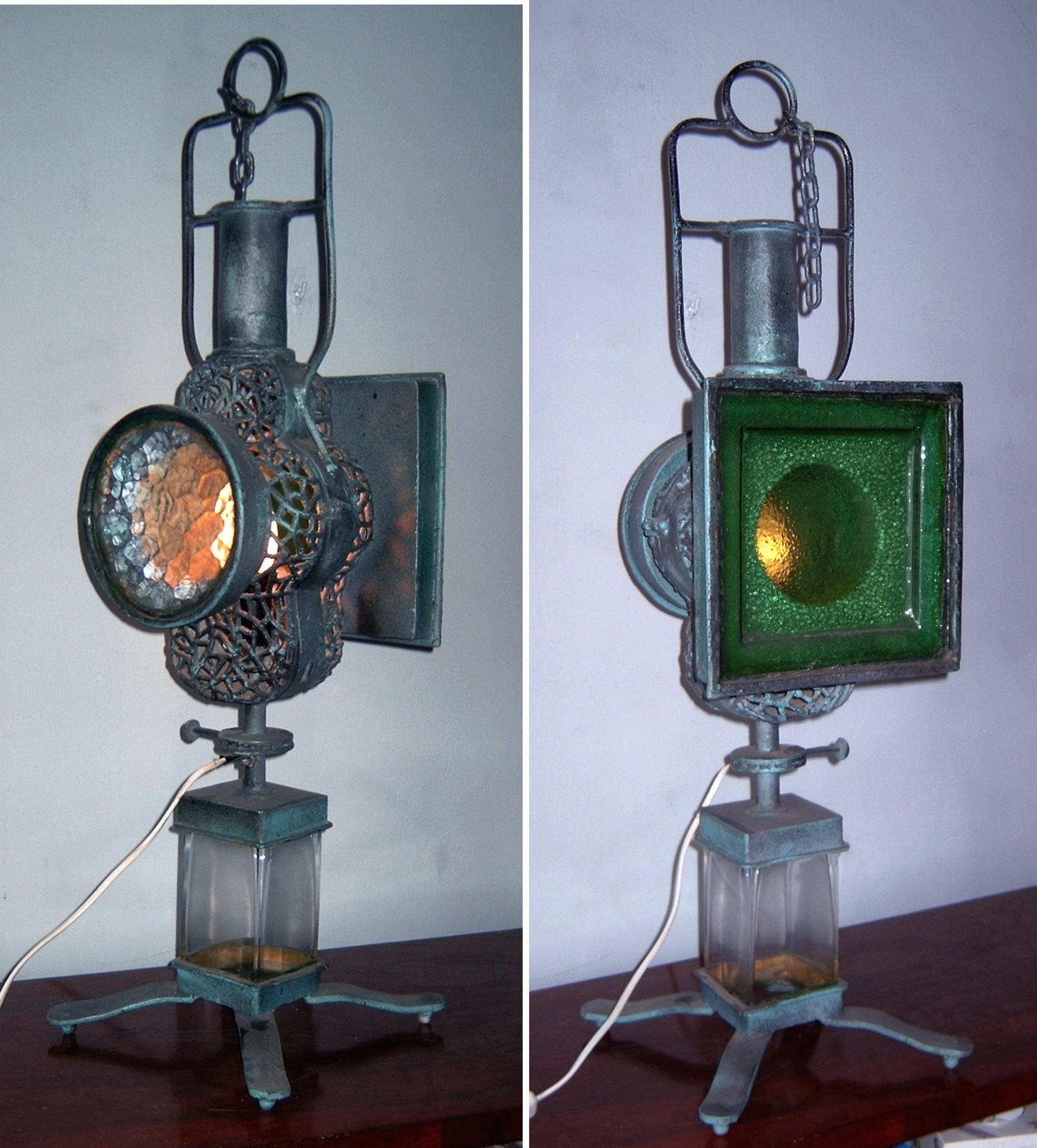 Rzeźba  - lampa stojąca