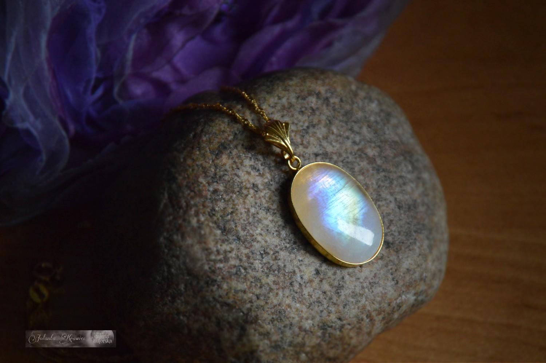 Kamień księżycowy duży Medalion Kolekcja baśniowa Srebro 24K złoto