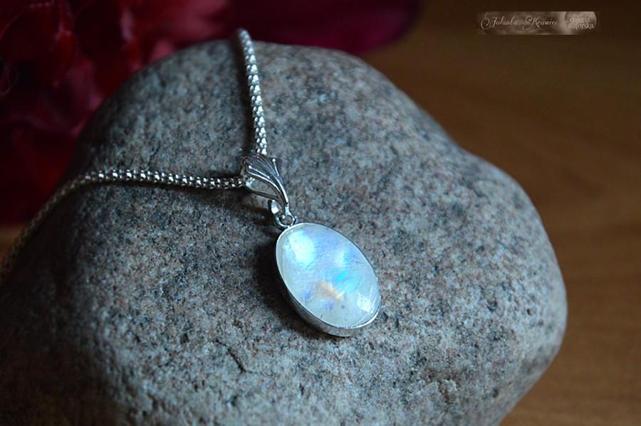 Kamień księżycowy  Kolekcja baśniowa Medalion Srebro
